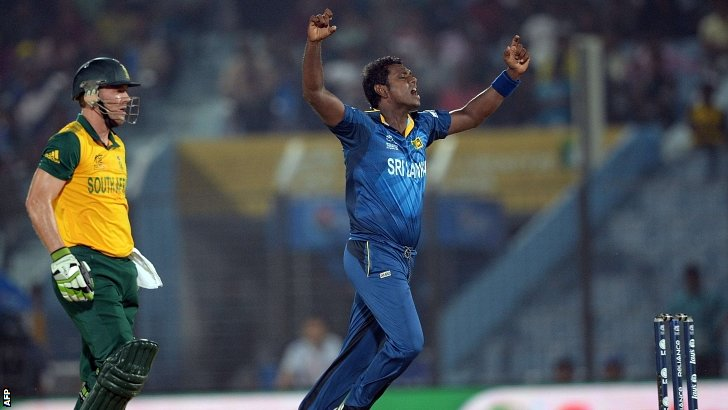 Angelo Mathews celebrates