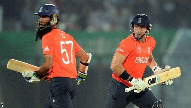 England batsman Moeen Ali and Michael Lumb run between the wickets