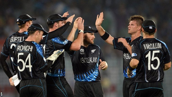 New Zealand congratulate Corey Anderson (second right)