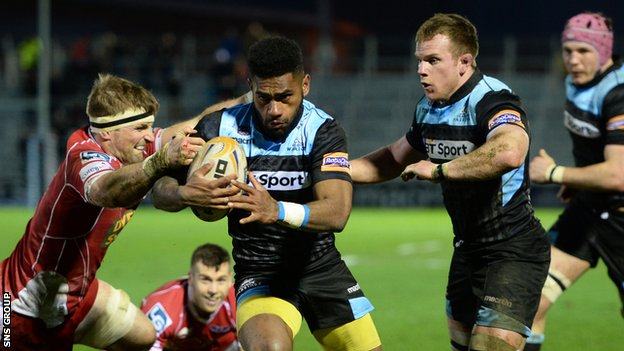 Nikola Matawalu breaks through to score a Glasgow try