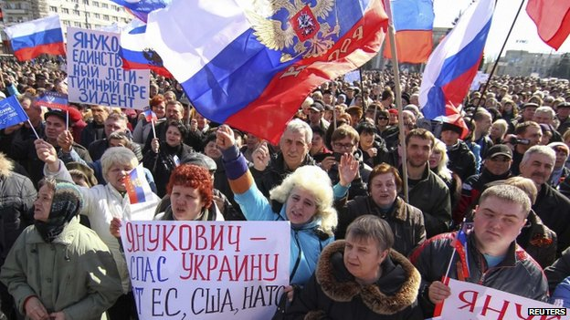 Pro-Russian supporters