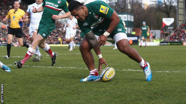 Manu Tuilagi scores against Exeter Chiefs.
