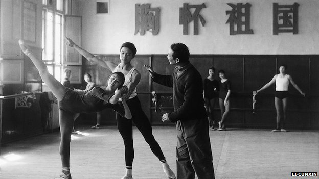 Li Cunxin with teacher at Madame Mao's Beijing dance academy in 1977