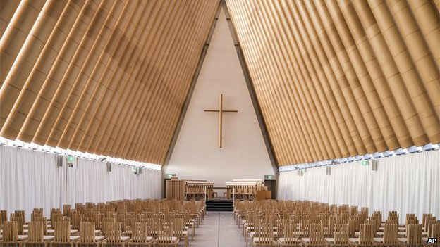 Shigeru Ban's cardboard cathedral in New Zealand - inside