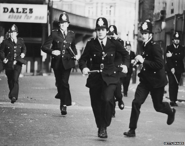 why were there riots in london in the 1980s He also covered some of the 1980s riots as a reporter  the riot was a symptom  of there being something really wrong with our society, he said  brixton,  london, april 1981: people allegedly believed a stabbed youth.