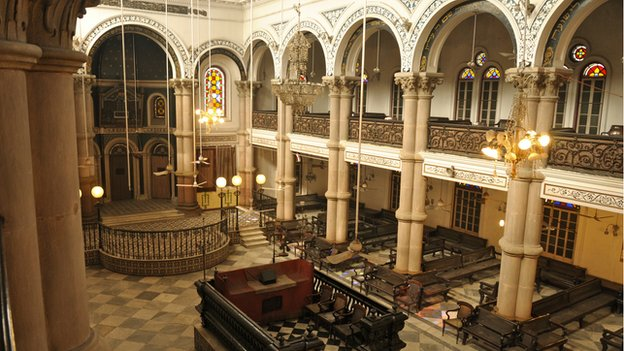 Picture of interiors of Magen David synagogue in Calcutta