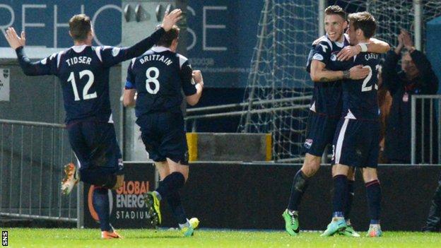 Melvin De Leeuw grabbed the opening goal for Ross County against Aberdeen