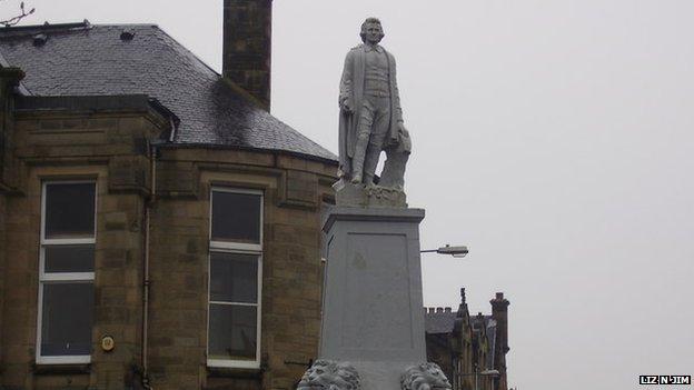 A statue in Selkirk