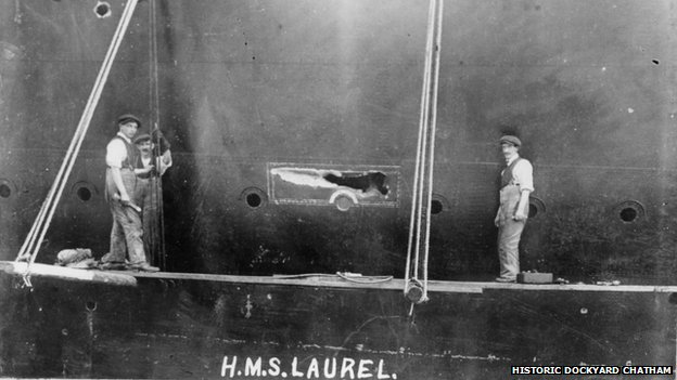 Workers on HMS Laurel