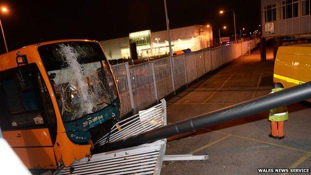 Bus crash in Llanishen, Cardiff