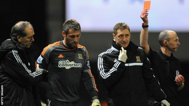 Allan McGregor walks off at Upton Park