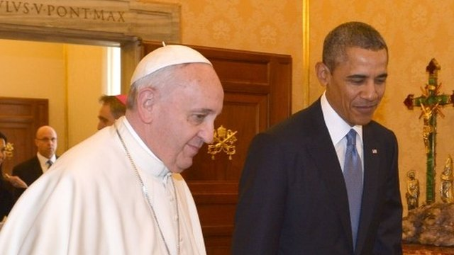 Pope Francis (L) meets  US President Barack Obama on March 27, 2014 at the Vatican.