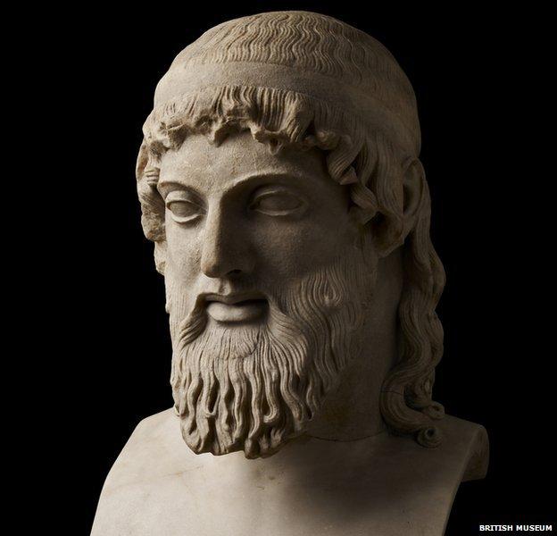Dionysos statue