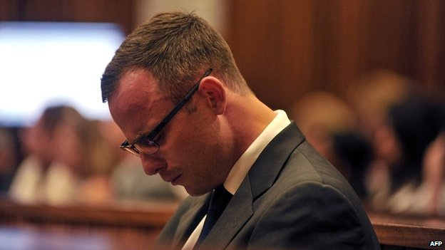 Oscar Pistorius cries during day 14 of his murder trial