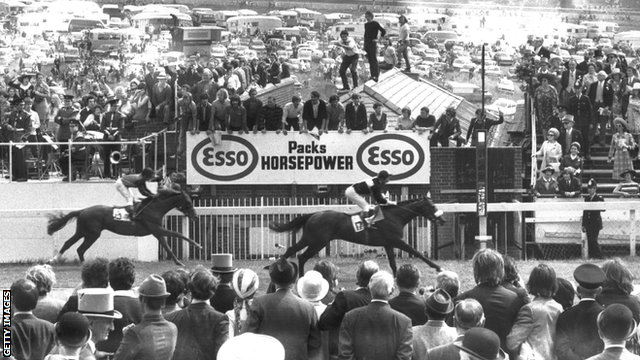 Mill Reef wins the 1971 Derby at Epsom
