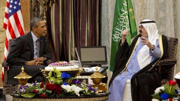 Barack Obama (L) meets Saudi King Abdullah (R) at Rawdat Khurayim, the monarch's desert camp, on March 28