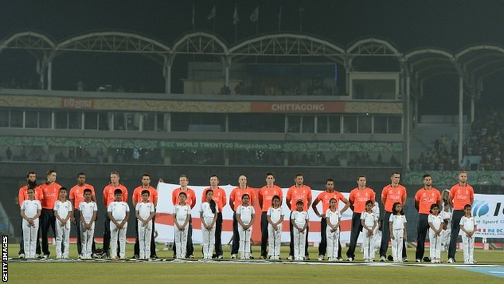 England line up before the match