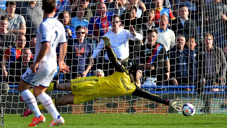 Chelsea goalkeeper Petr Cech makes a save at Crystal Palace