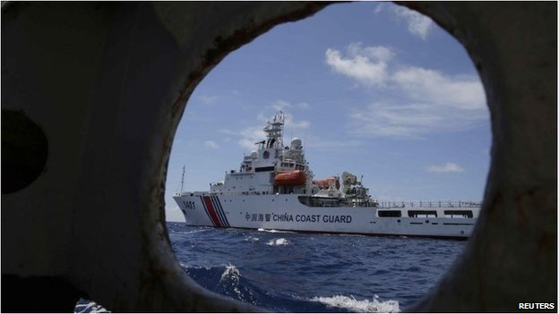 A China Coast Guard vessel attempts to block a Philippine government vessel, March 29
