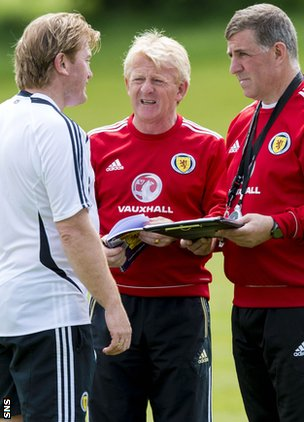 Stuart McCall, Gordon Strachan and Mark McGhee
