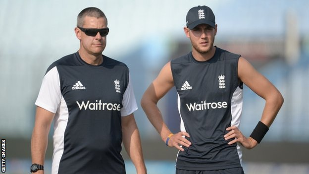 Ashley Giles and Stuart Broad