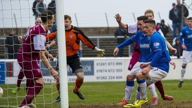 Fraser Aird scores for Rangers against Arbroath