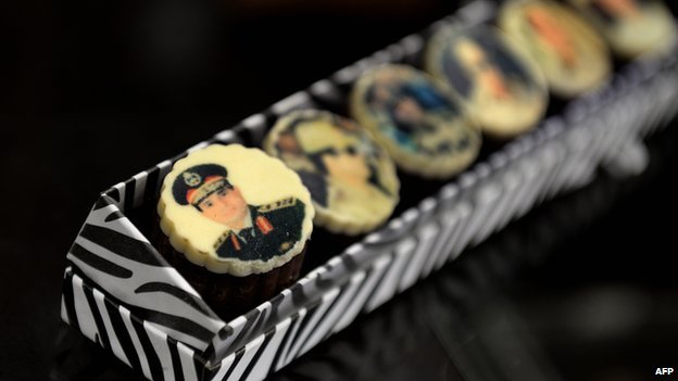 Chocolates decorated with portraits of Egypt's Field Marshal Abdul Fattah al-Sisi are displayed at a shop belonging to Sisi supporter Bahria Galal in Cairo on 27 August 2013