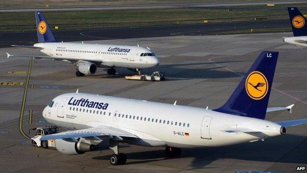 Lufthansa planes