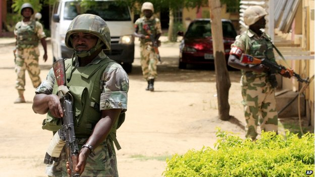 File photo of soldiers in Maiduguri (6 June 2013)