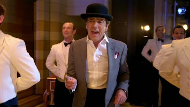 Robert Lindsay in Dirty Rotten Scoundrels