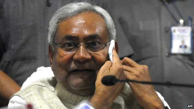Nitish Kumar at a press conf in Patna in June 2013
