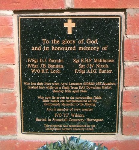 Plaque on Bicker memorial