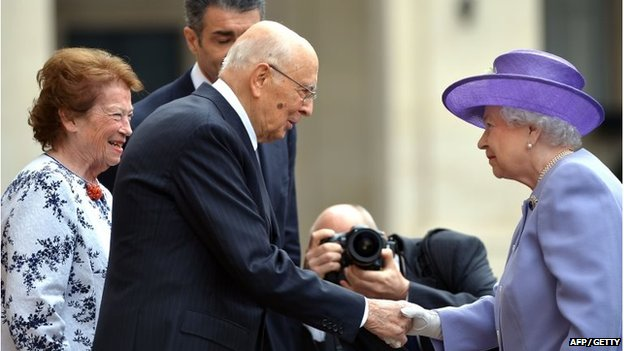 The Queen shakes hands with the Italian President Giorgio Napolitano at the Quirinal Palace