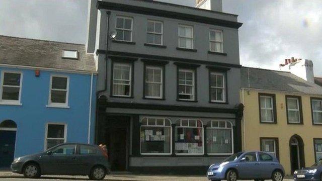 10 Meyrick Street