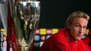 Sami Hyypia Champions League trophy