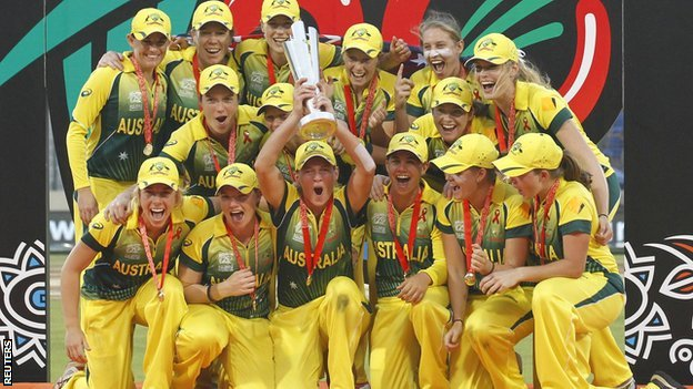Australia with the World Twenty20 trophy