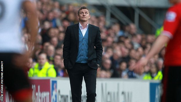 Ole Gunnar Solskjaer looks skywards for inspiration