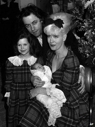 Bob Geldof and Paula Yates with children Fifi Trixibelle, five, and new baby Peaches