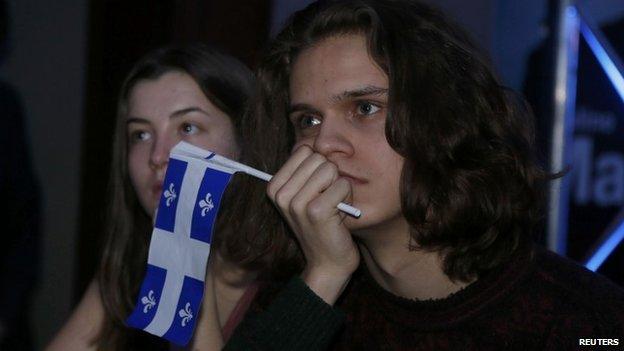 Parti Québécois sostenitori guardare i risultati presso la sede notte elettorale del leader del Parti Quebecois Pauline Marois a Montreal 7 aprile 2014