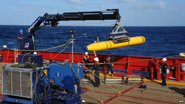 US Navy image taken on 1 April 2014 shows the Bluefin 21 Artemis autonomous underwater vehicle (AUV) being hoisted back on board the Australian navy vessel Ocean Shield after successful buoyancy testing in the Indian Ocean.