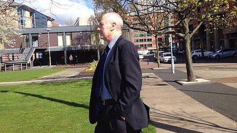 John Darwin leaving Teesside Crown Court