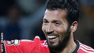 Benfica defender Ezequiel Garay