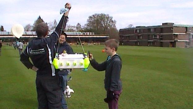 Cedars Upper School balloon project