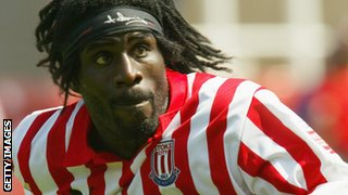 Ade Akinbiyi in action for Stoke