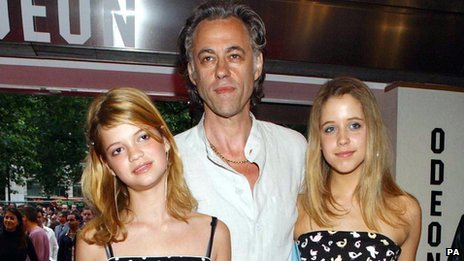 Bob Geldof with daughters Pixie (l) and Peaches in 2003