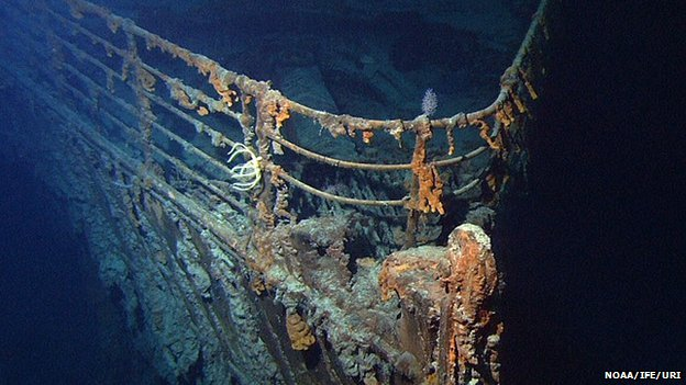 an analysis of the sinking of the titanic on its maiden voyage More than a century after the rms titanic sank on its maiden voyage, a journalist has a new theory about how the famous accident happened after having studied photos in a newly discovered album.