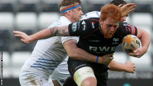 Dan Baker takes on Leinster for Ospreys in the Pro12