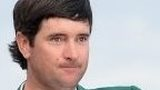 Bubba Watson gets his green jacket from Adam Scott