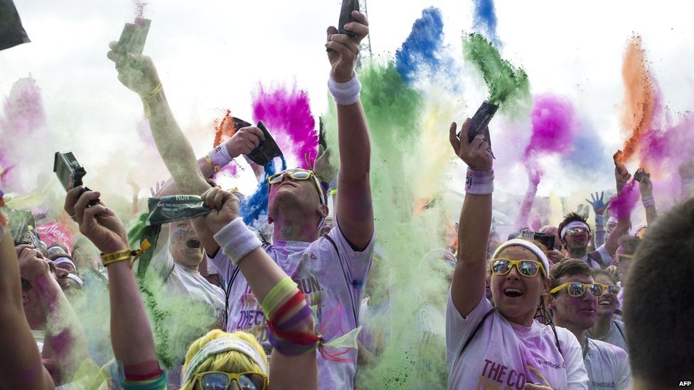 how to throw color run powder
