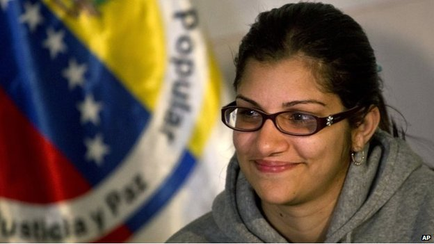 Globovision journalist Nairobi Pinto gives a news conference in Caracas, on April 14, 2014.